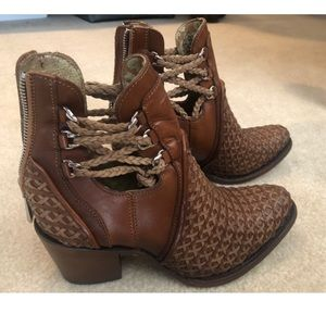 Cuadra Shoes - Brand New Cuadra booties